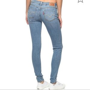 Levi's 535 super skinny mid rise light wash jeans